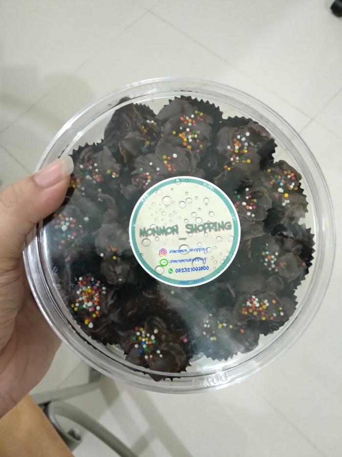 harga Box besar cornflakes coklat | coklat valentine | kue imlek Tokopedia.com