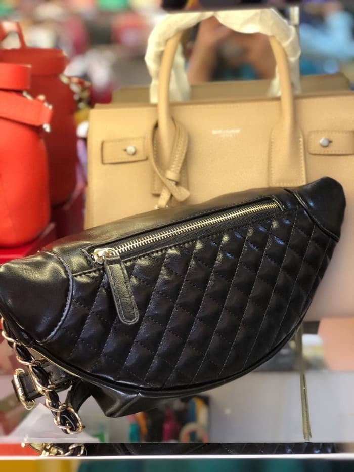Jual nice Chanel Waist Bag 18cm   Tas Pinggang Wanita Branded   Belt ... f76e92229c