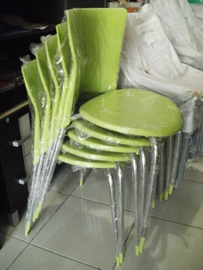 4700 Meja Kursi Plastik Cafe Gratis