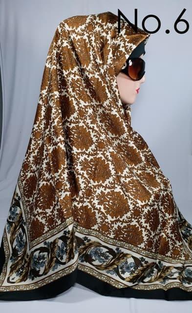Jilbab segi empat satin motif bunga batik kingdom laimizz / lamiz
