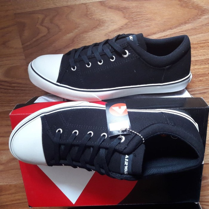 harga Asli airwalk original. davi0 black. sepatu pria casual. sneakers Tokopedia.com