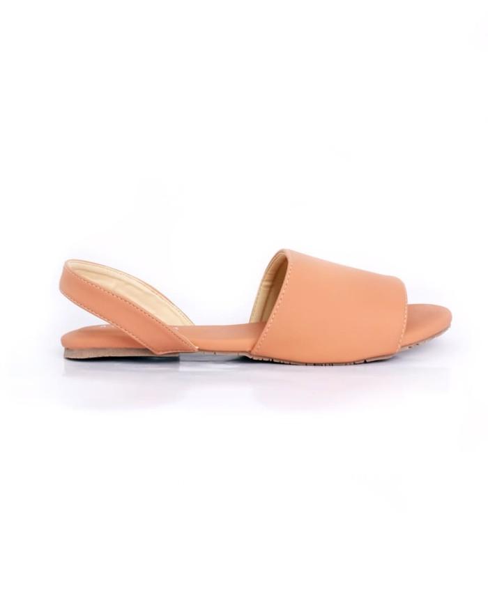 Beli - Sepatu dan Sandal Melalui Gosend  a54a0b39b5
