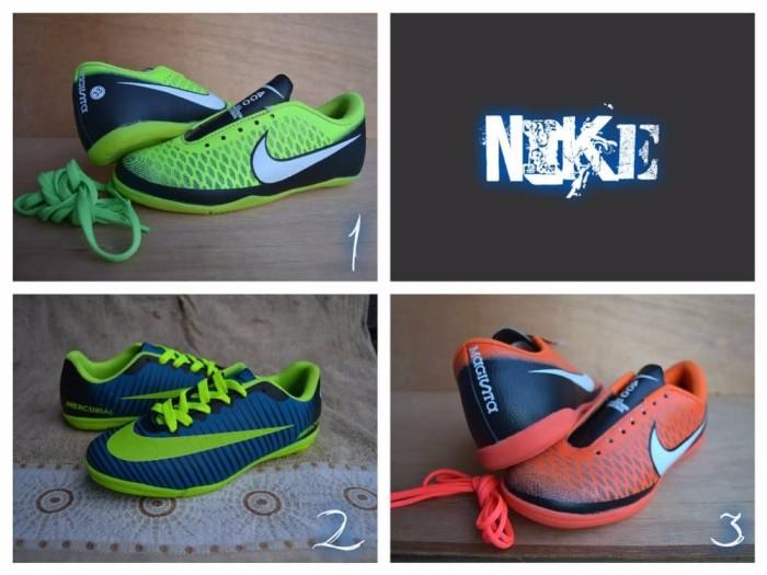 Jual murah Sepatu nike futsal sepatu futsal nike anak sepatu bola ... 9bf0cc9ad9