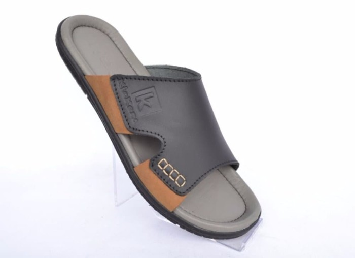 Sandal Kulit Pria Kickers Slip On Grey Black TOP PRODUCT