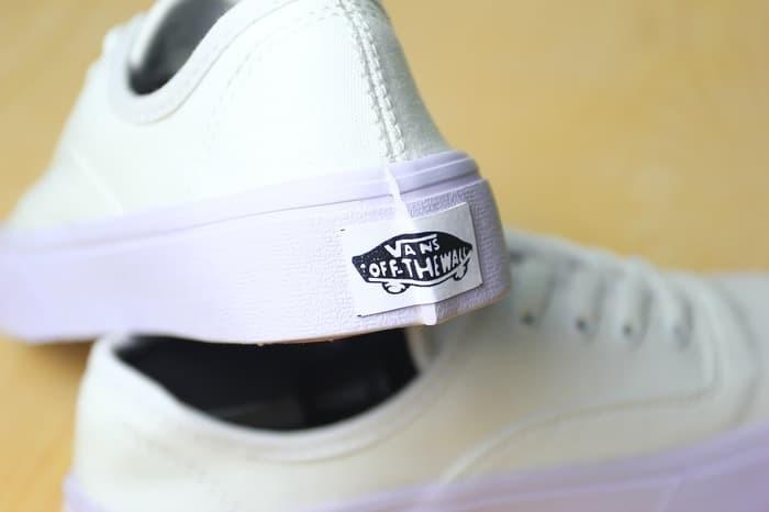 SEPATU TERBARU Sepatu Vans Authentic Full White White Putih Waffle ICC fa93d788e8