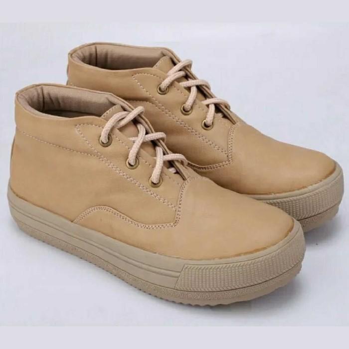 harga Sepatu sneakers wanita - sepatu casual distro - sepatu cewek - dh 063 Tokopedia.com