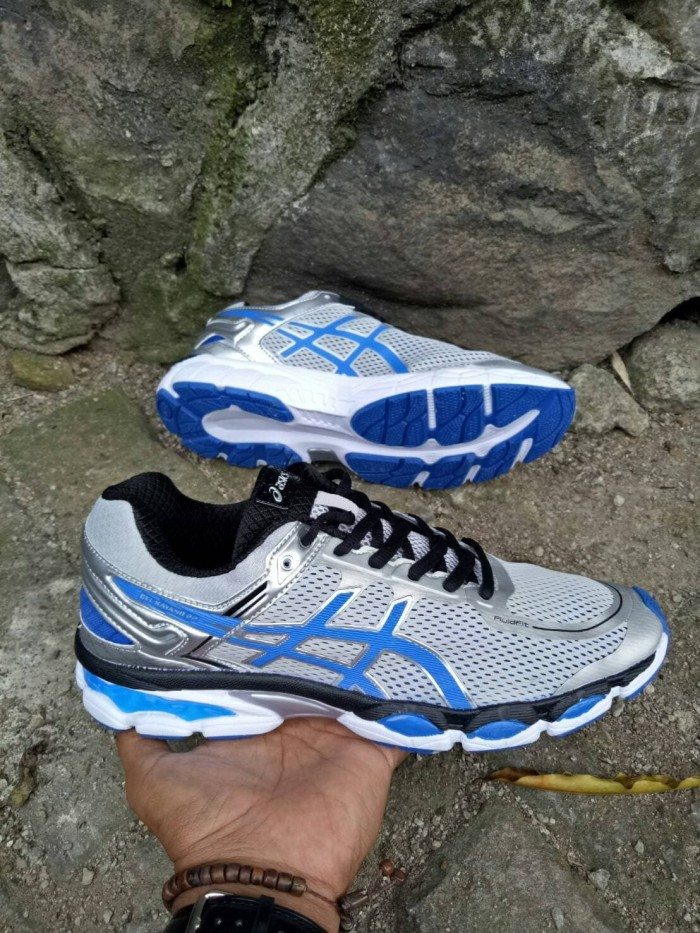 harga Sepatu running asics gel kayano import voli volley olahraga sport man  Tokopedia.com 12b75de678
