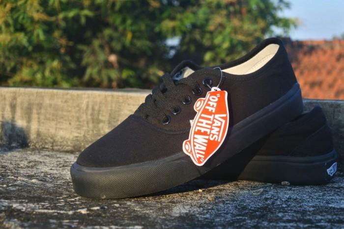 Promo Sepatu Vans Authentic Full Black Promo Sepatu Murah Bandung - Hitam 1e97ccaad9