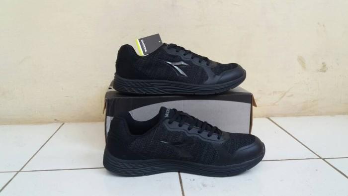 harga Sepatu diadora clemento v (m) black original Tokopedia.com