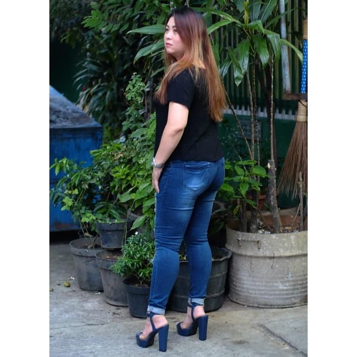 Celana Jeans Jumbo Wanita / Ripped Jeans Dark Rita Jumbo / Bigsize GF