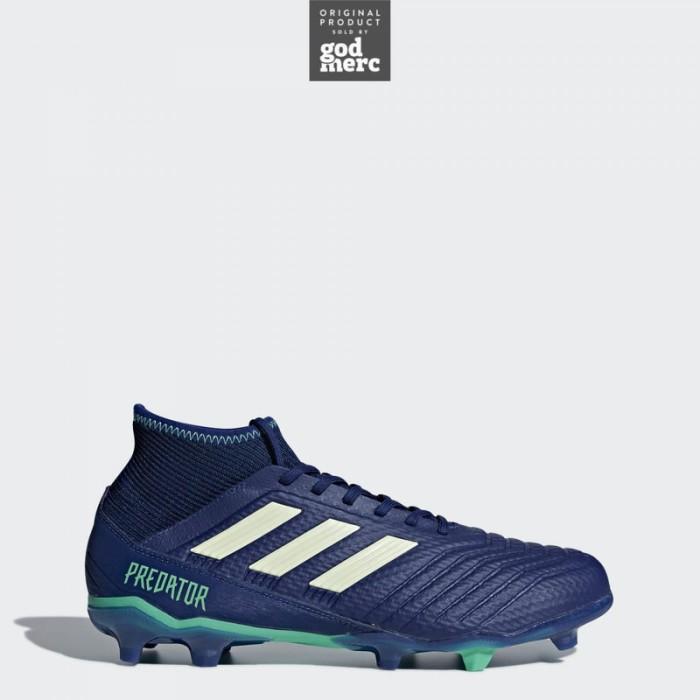 ... competitive price ee437 d35be ORIGINAL Adidas Sepatu Bola Predator 18.3  Firm Ground Men Blue CP9304 ... eeeff1fa41