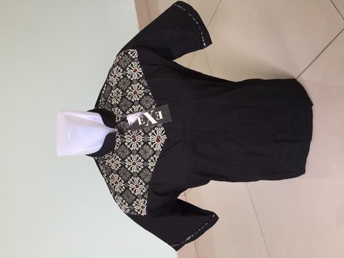 BAJU TERBARU Kemeja / Baju Koko Muslim Pria eXe - Putih & Hitam 1