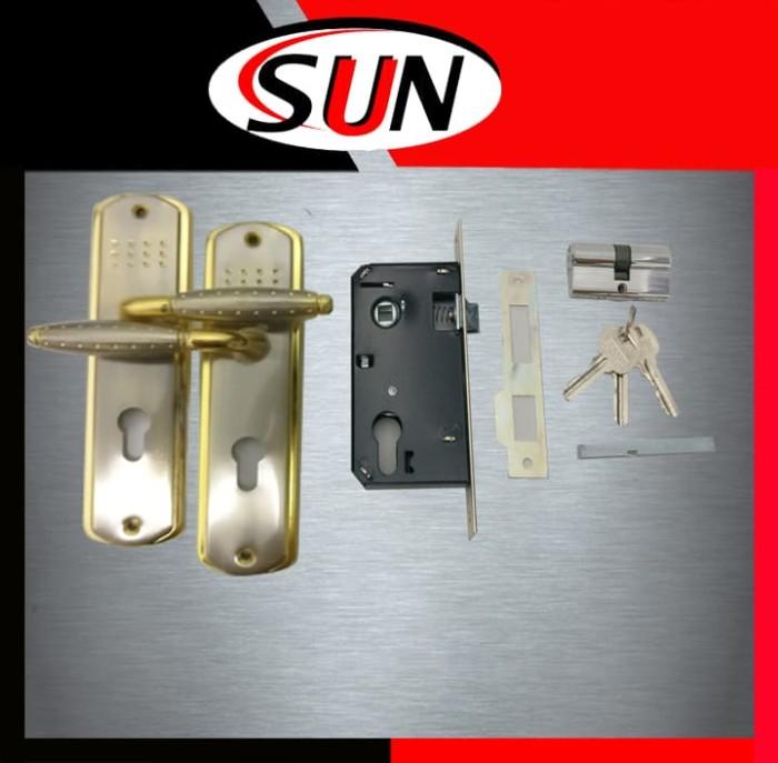 Handle set kunci pintu rumah top grande gold kombinasi ukuran sedang