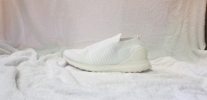 newest 22317 594c7 Jual Adidas Ultra Boost Laceless Triple White - Putih, 40 - DKI Jakarta -  Tumbas Sneakers | Tokopedia