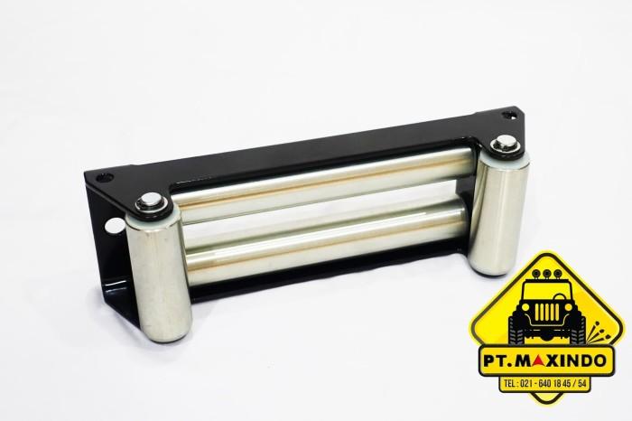 harga Runva roller fairlead warna hitam untuk winch dengan tali sling baja Tokopedia.com