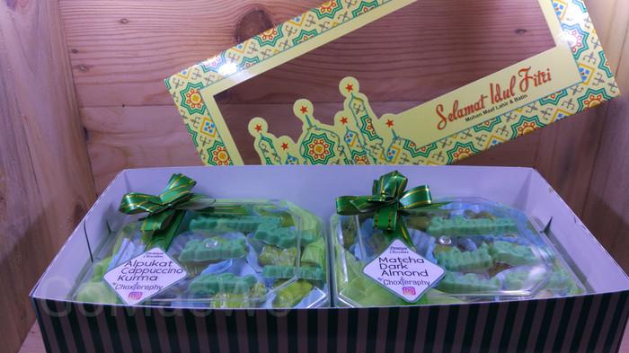 Foto Produk Coklat Matcha Dark Almond Parcel Lebaran Idul Ied Chocolate Ketupat dari GoMaeWo