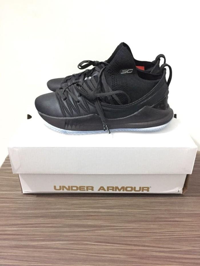 Jual Sepatu Basket Under Armour Curry 5 Low Pi Day Black Hitam ... 8c833ce6d4