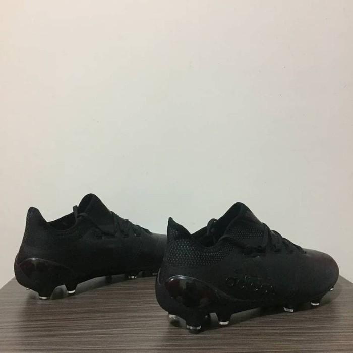 separation shoes c9986 9883d Jual SEPATU BOLA ADIDAS X17.1 FULL BLACK FG - Kota Batam - Sportsgear.id |  Tokopedia