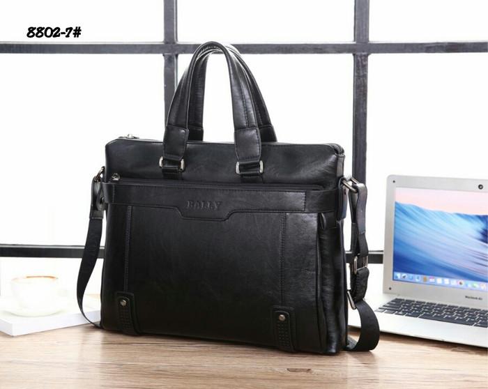95ecd72c4cb Jual Bally Laptop Sling Bag 8802-7#22 Bahan kulit Dalaman kain satin ...