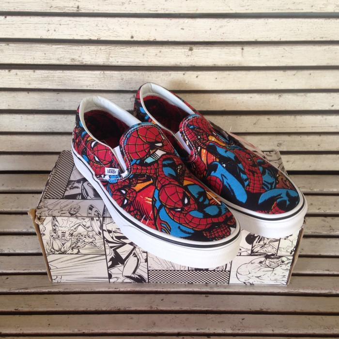 Jual Promo! Sepatu Vans Slip On X Marvel Spiderman Original BNIB 100 ... 029e0e4297