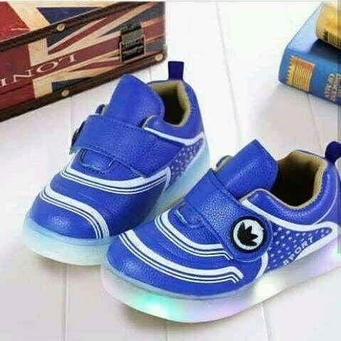 Foto Produk Sepatu anak kecil new - 18-24 Bulan dari Pakan love bird moncer