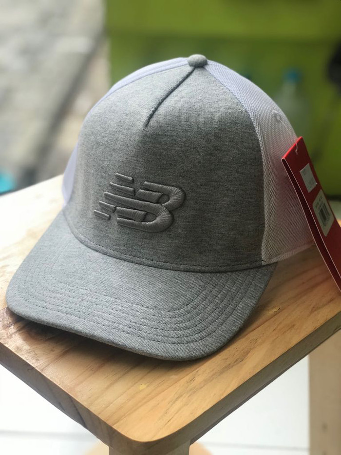 391a612f35e Jual Topi New Balance Original Logo Mesh Cap BNWT - alvi-shop ...