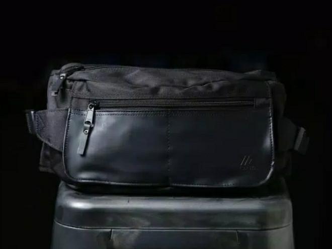 harga Tas pinggang hip waist cross body bag pack murah - gig black waistpack Tokopedia.com