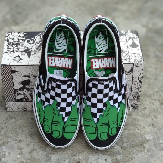 ee7cdede4cf Jual Vans x marvel slip on hulk checkerboard - peystuff