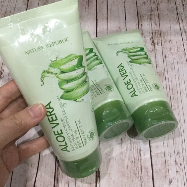 NATURE REPUBLIC Aloe Vera Soothing & Moisture Cleansing Gel Cream