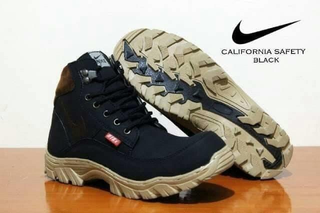 Jual Sepatu Nike tracking Pria Sepatu Boots Safety Kerja Murah ... 86e5230466