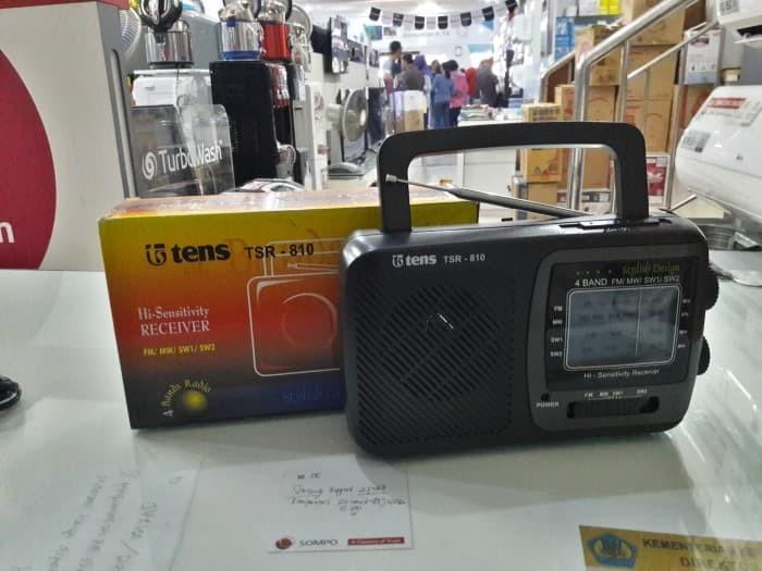 ... Tens Radio 4 Band AC DC TSR 810