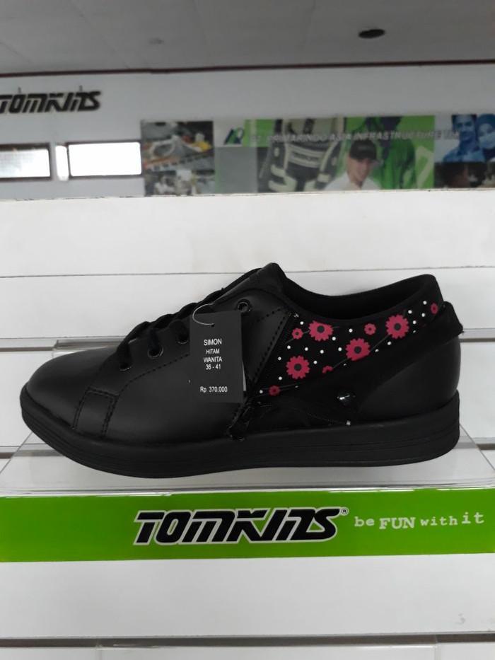 Jual Sepatu Tomkins Original Wanita Model SIMON BLACK Harga PROMO ... a8267b37ce