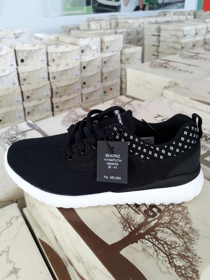 Jual Sepatu Tomkins Wanita Original Model BEATRIZ Harga PROMO ... fb5fd89556