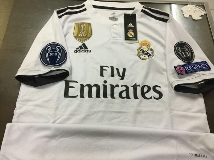 low priced 04226 eb3cf Jual Jersey Baju Bola Real Madrid Home FULL PATCH UCL 2018/19 - Kota Bekasi  - Jshop Jersey | Tokopedia