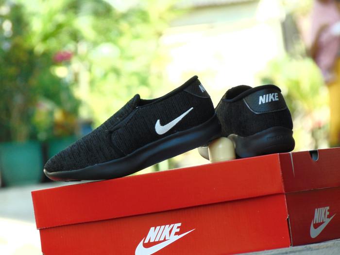 Jual Sepatu Anak Nike Flex Slip On - Full Hitam Black - Sekolah ... e38bdb152b