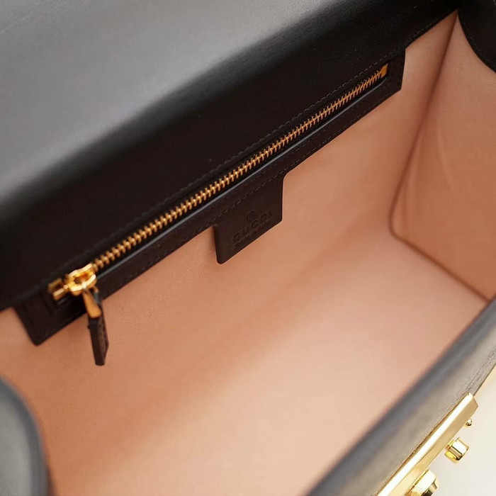 3beef816745d Jual GUCCI PADLOCK SLING BAG ORIGINAL LEATHER 25cm - DKI Jakarta ...