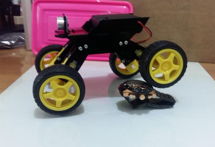harga Chassis robot 4wd cs - 01 crawler style  kit rangka dc motor arduino Tokopedia.com