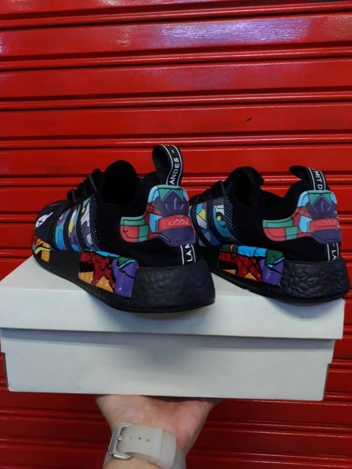 newest fdb0e 56aba Jual Sepatu Adidas NMD R1 X Kaws Premium size 39-44 - Jakarta Timur -  Kliksneakerspremium | Tokopedia