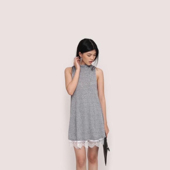 harga Wearstatuquo turtleneck dress - abu-abu muda m Tokopedia.com