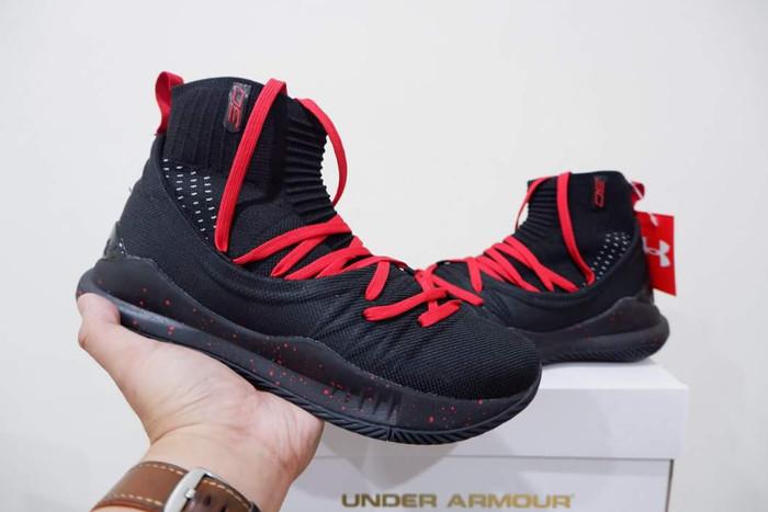08d1ec5f9ec6 Jual Sepatu Basket Curry 5 High Black Red - Sepatubasket.shop ...
