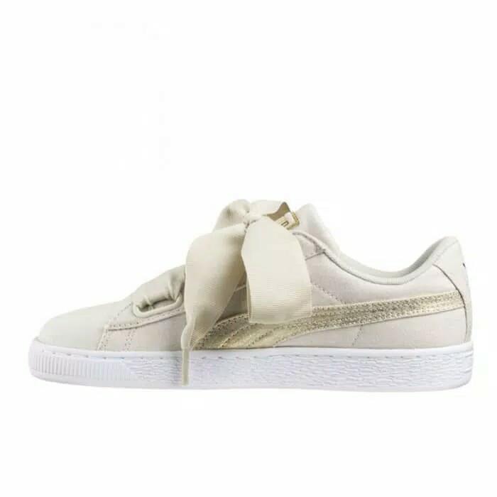 Sepatu sneakers wanita puma basket canvas heart white gold original 4ae0834ac