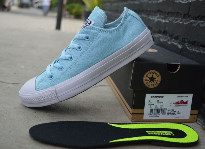 Jual Sepatu Converse Casual Sneakers Wanita Sekolah Kuliah Keren