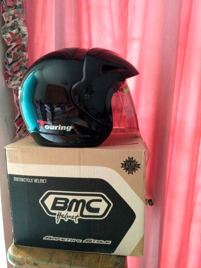 helm bmc touring solid 4
