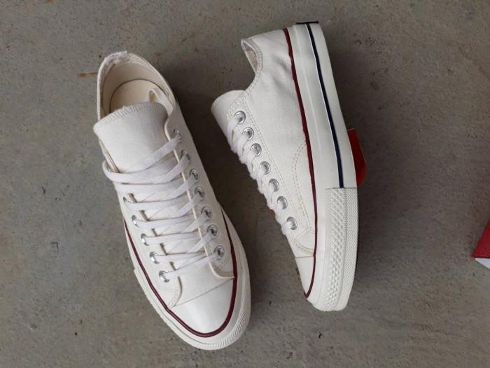 f0e1913e1f1b Jual Sepatu converse allstar low 70.s off white premium quality ...