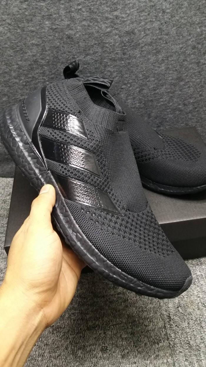 huge selection of 35677 7e02d Jual Sepatu Adidas Ultraboost Ace 16 Triple Black PREMIUM BNIB - Kota Depok  - gus7i | Tokopedia