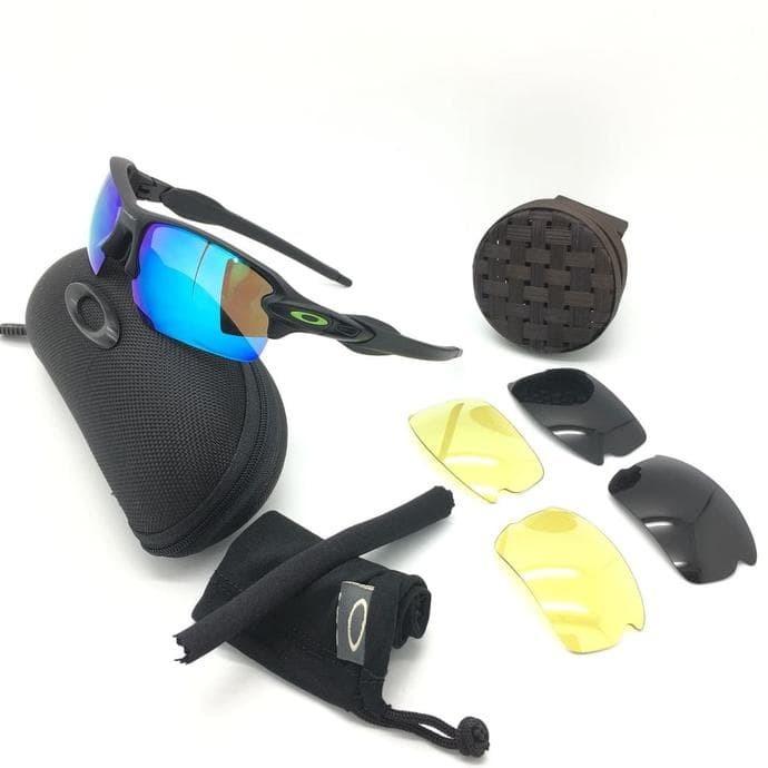 Jual Kacamata Oakley Flak Jacket 3 Lensa Polarized Sunglasses Pria ... 3432d73162