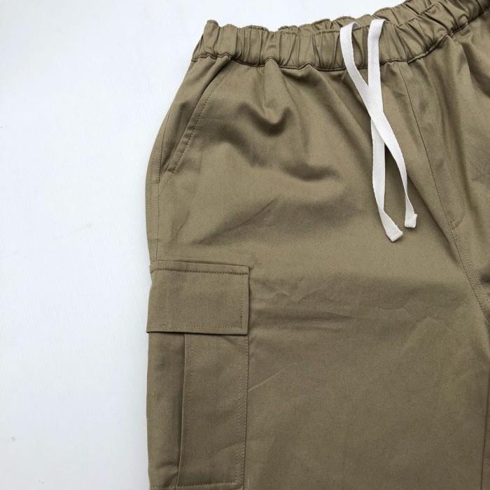 Celana Kargo Pants Pendek Cargo Short Man Katun Strech Cream - Premium