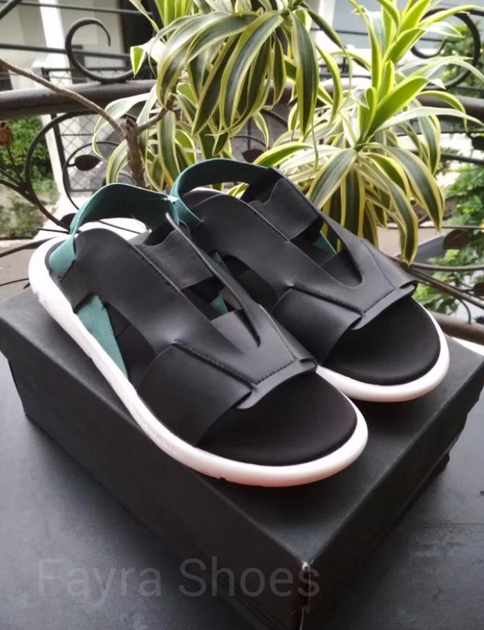 5cd8d4b41 Jual Sandal Adidas Y3 Qasa Elle Yohji Yamamoto Black Charcoal - Kota ...