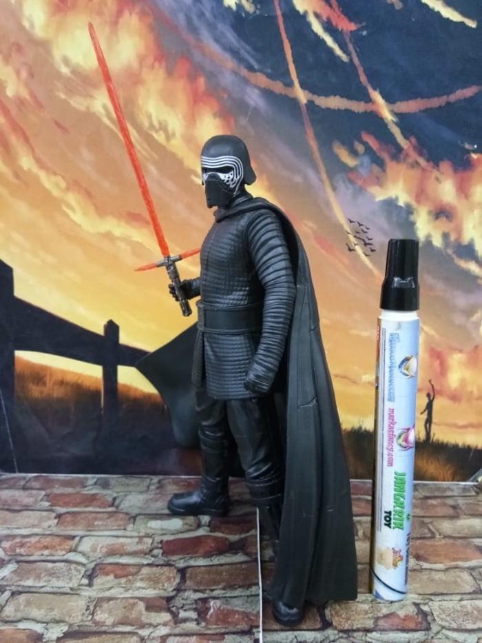 Foto Produk Japan Version Kylo Ren Premium 1/10 scale Star Wars Original SEGA Loos dari MarkasMainan