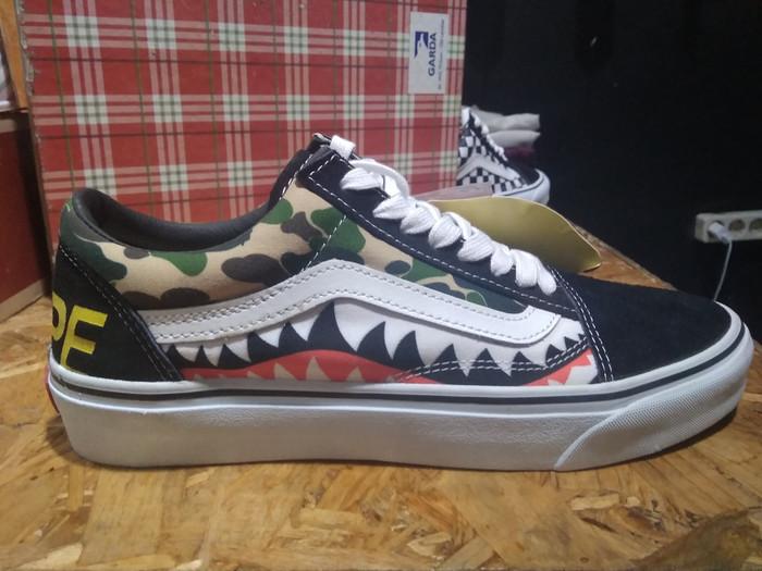 185cda69e3d Jual Vans Old Skool Bape Sharktooth black white camo - DKI Jakarta ...